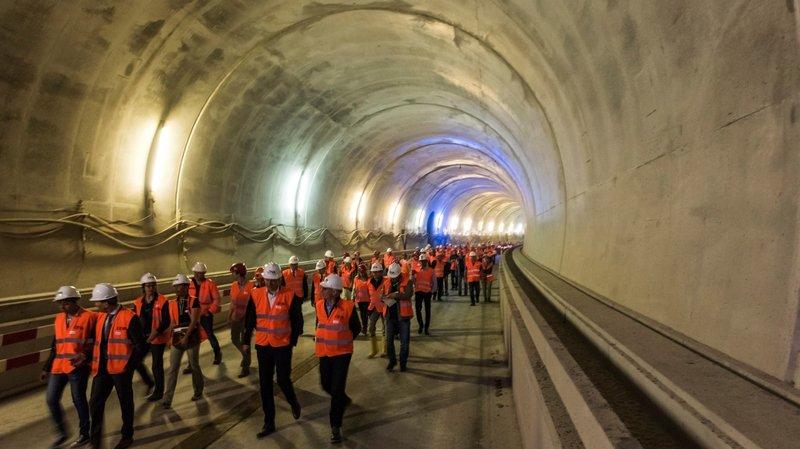 Le syndicat Unia dénonce le travail de nuit sur le chantier du CEVA à Genève