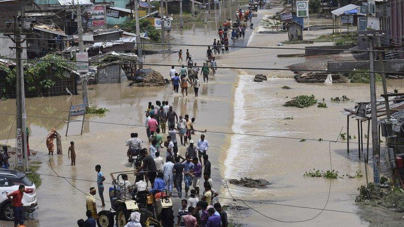 Pluies dans l'Himalaya: le bilan s'alourdit à au moins 175 morts en Inde, au Népal et au Bangladesh
