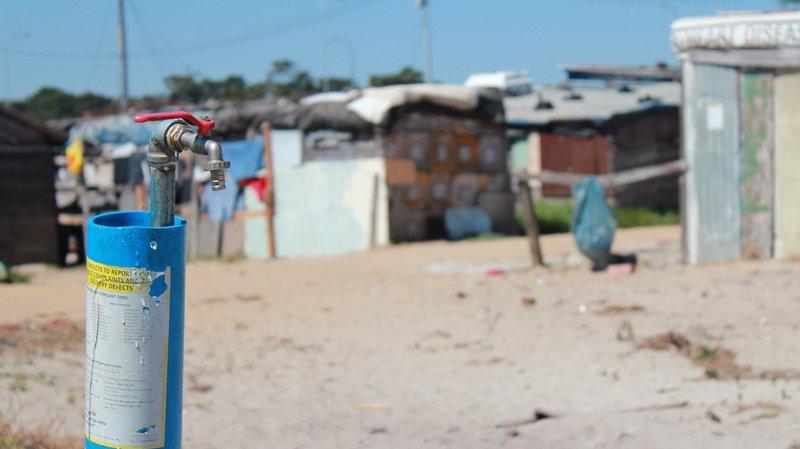 Droit universel: tout le monde aurait accès à l'eau potable pour 143 milliards de francs