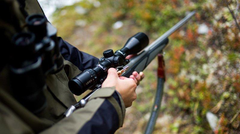 France: une femme tuée dans son jardin par un chasseur qui l'a prise pour un cerf