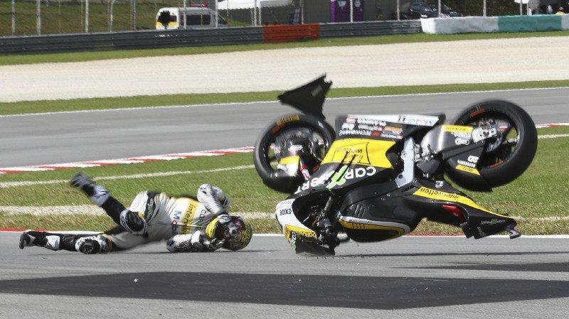 Motocyclisme: Thomas Lüthi chute lourdement aux essais et pourrait rater le Grand Prix de Malaisie