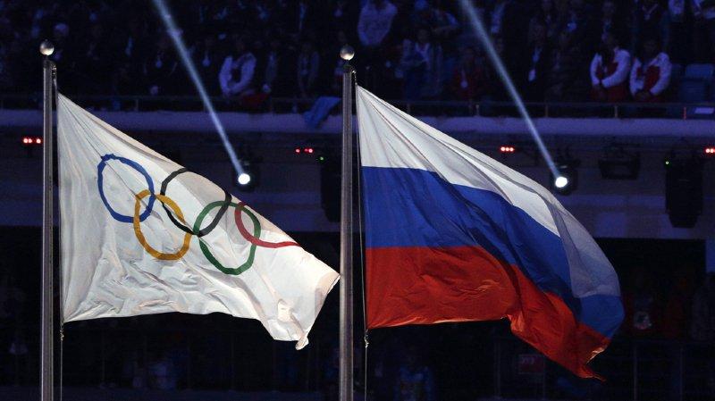 Dopage: le comité olympique russe suspendu, mais les athlètes pourront participer aux JO sous la bannière olympique
