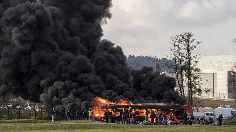 Exercice d'urgence: simulation d'une attaque à la bombe à l'aéroport de Zurich