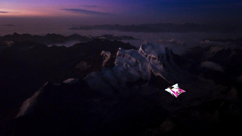 Wingsuit: première mondiale pour Géraldine Fasnacht avec un vol de nuit au-dessus du Grand Combin