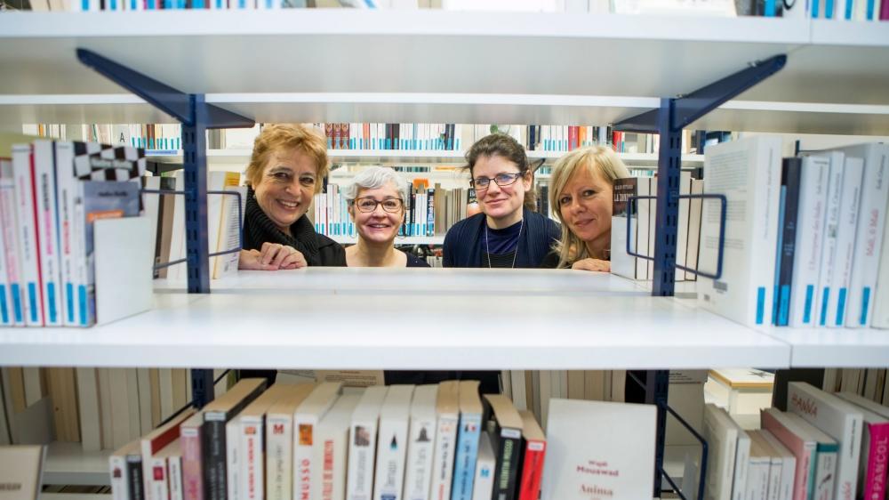 Les bibliothécaires Marie-Claude Troehler et Valérie Trottet à Nyon, Véronique Ammon à Rolle et Sandrine Allaman à Gland vont avoir davantage de temps pour conseiller les lecteurs.