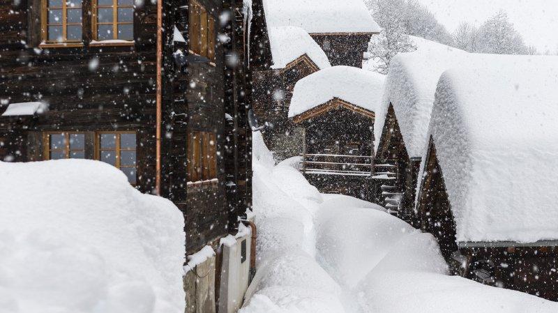 Deux à trois mètres de neige en une semaine dans les Alpes