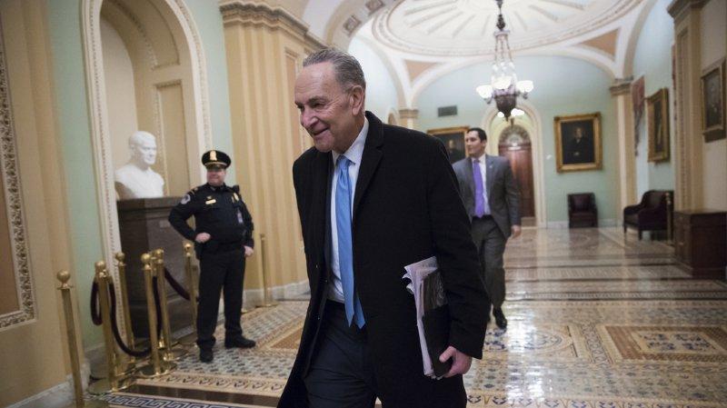 Le sénateur démocrate Chuck Schumer a retrouvé le sourire.