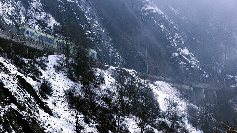 Intempéries: le Valais toujours menacé par des coulées de boue, des éboulements et des avalanches