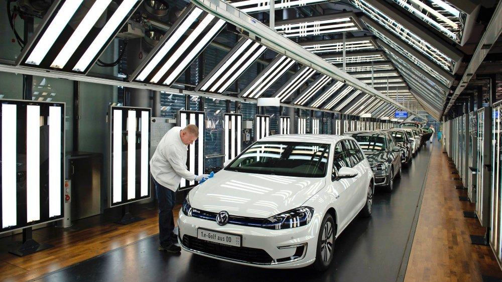 A la fin de l'année, la somme  de toutes les plaintes européennes contre VW devrait avoisiner les 100000 unités, ce qui représente seulement un peu plus de 1% des huit millions de véhicules concernés.