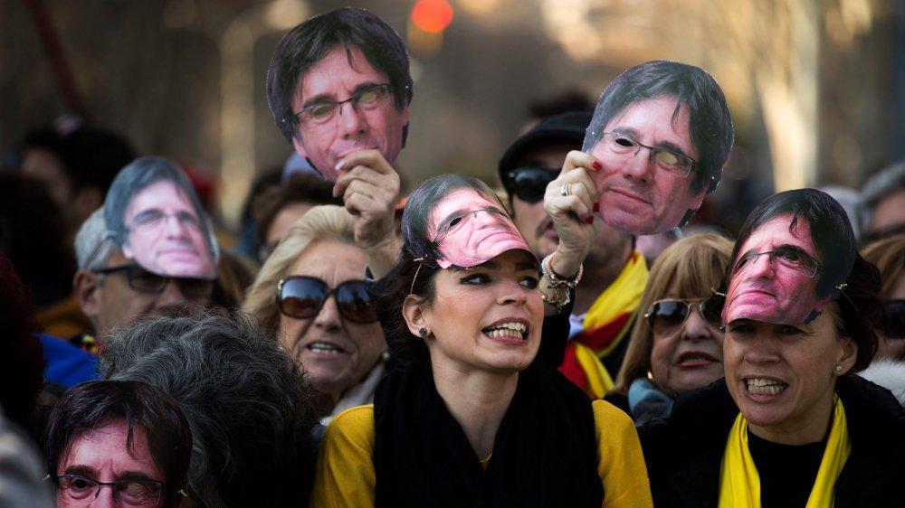 Carles Puigdemont garde de nombreux supporters en Catalogne.