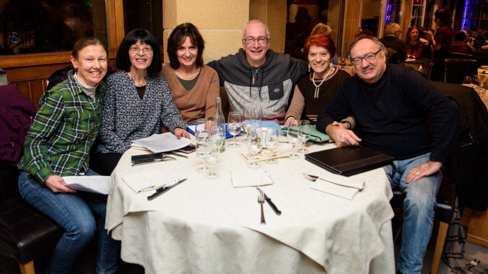 De gauche à droite: Isabelle Daulte, Emilie Salamin-Amar, Béatrice Dufey Corbaz, Bruno Mercier, Filomena Campoli et Jean-Charles Rossi.
