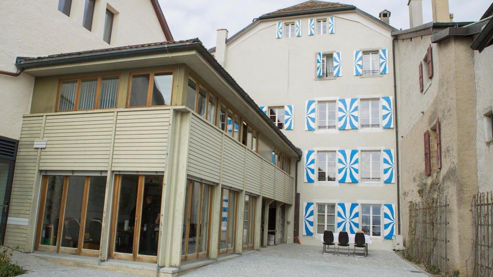 Inauguré en mars 2015, le nouveau visage de la Maison de Ville de Coppet fait l'unanimité, plus que la gestion de cet important chantier.