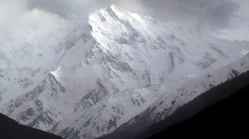 """L'ascension du Nanga Parbat est réputée particulièrement dangereuse, ce qui lui vaut le surnom de """"montagne tueuse""""."""