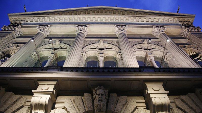 Le Conseil fédéral ne prend pas position sur les initiatives cantonales pour une plus grande latitude dans l'organisation de leur procédure électorale.