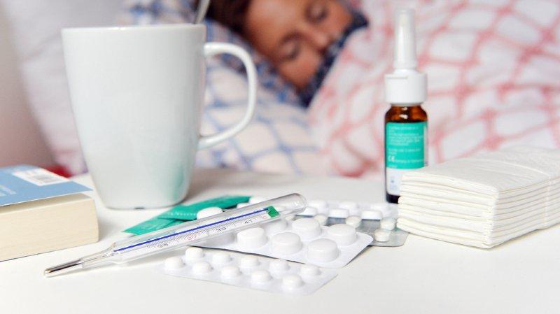 Fièvre, toux, douleurs musculaires, maux de tête et perte de l'appétit sont les premiers symptômes de la légionellose. (illustration)