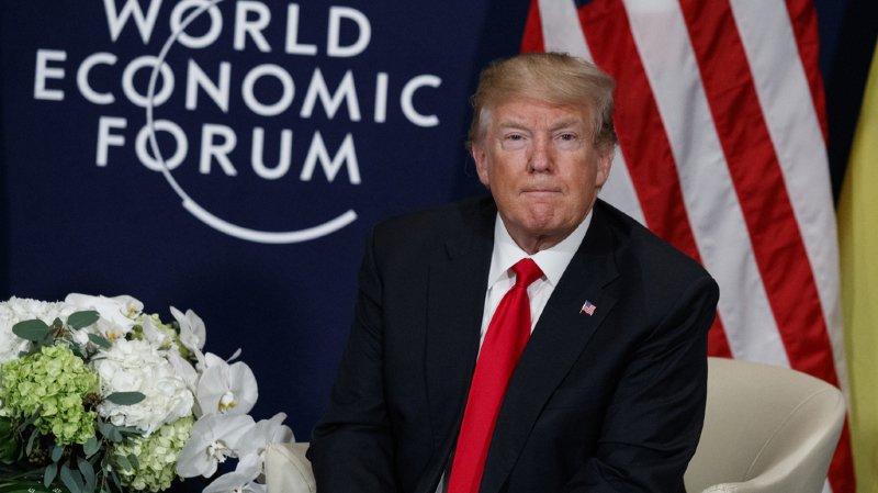 La presse suisse était partagée samedi sur la venue jeudi et vendredi du président américain Donald Trump au WEF.