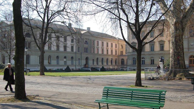 La Bibliothèque de Genève (vue depuis le parc des Bastions) et sa gouvernance sont au coeur de cette affaire.