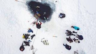 Le lac Lioson (VD), rendez-vous des plongeurs sous glace