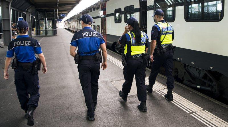 Football: des supporters déchaînés de GC font fuir le personnel du train