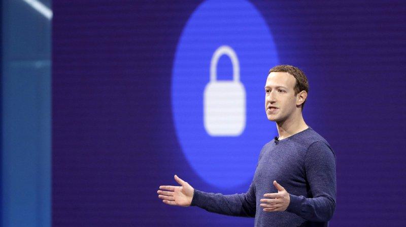 Réseaux sociaux: Facebook lance un service de rencontres en ligne
