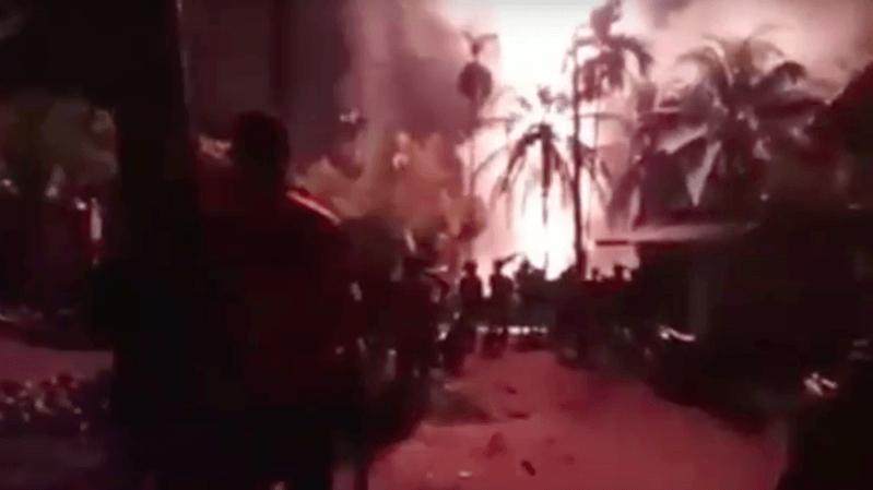 Indonésie: au moins 10 morts dans l'incendie d'un puits de pétrole illégal