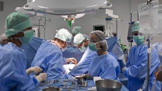 Malgré une tendance positive, il n'y a toujours pas assez de dons d'organes en Suisse