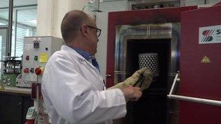 Genève: dans les coulisses de la fabrication de la Palme d'or à Meyrin