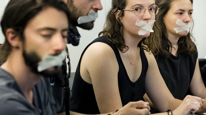 Lausanne: ils s'enchaînent pour s'opposer au renvoi des requérants
