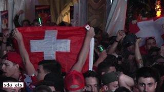 Coupe du monde 2018: les Suisses laissent éclater leur joie après la victoire de la Nati