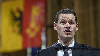 Genève: le Grand Conseil réprouve l'acceptation d'un luxueux cadeau par le Conseiller d'Etat Pierre Maudet