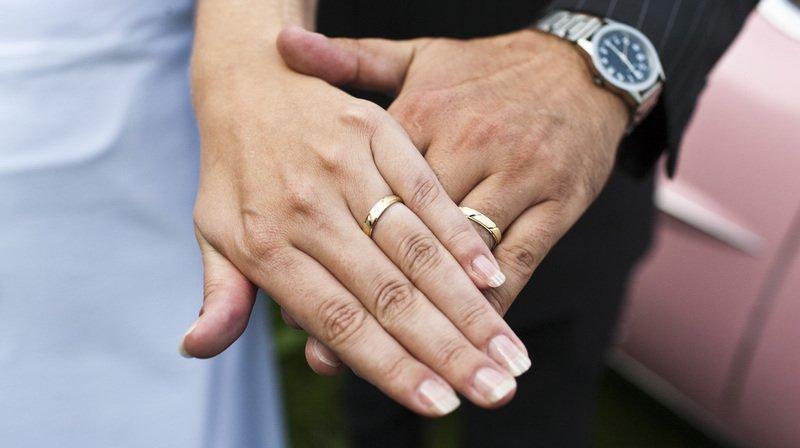 Imposition des couples: le PDC porte l'affaire au Tribunal fédéral