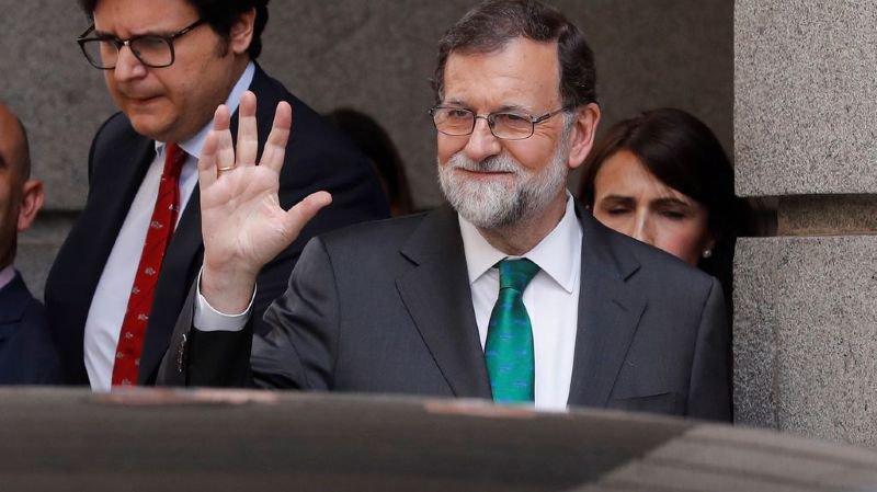 Mariano Rajoy a fait ses adieux à la droite espagnole en tenant un dernier discours à son parti: le Parti populaire.