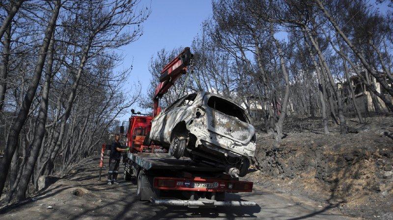 Grèce: le bilan des incendies grimpe à 88 morts
