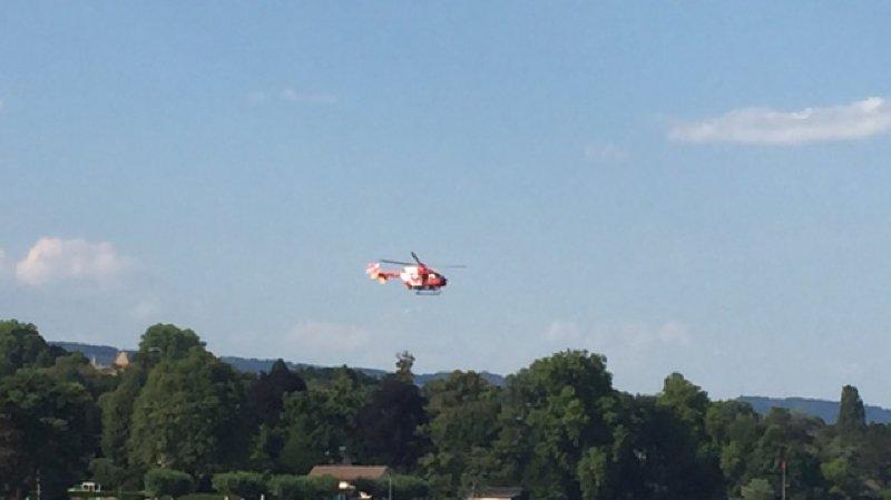 L'hélicoptère a été aperçu au niveau du port des Abériaux vendredi après-midi.