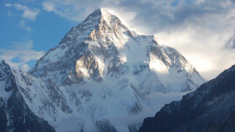 Le K2 est le deuxième sommet le plus haut du monde, après l'Everest.