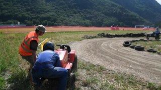 Dorénaz accueille la 5e édition de la course de tondeuses à gazon