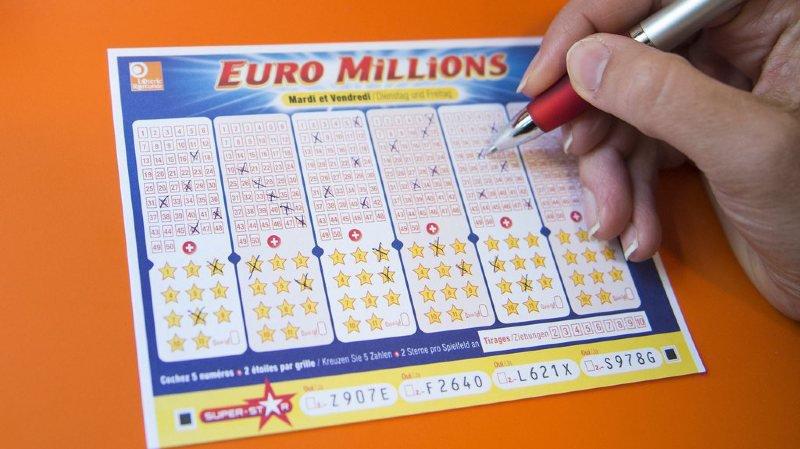 Trois personnes ont tout de même réussi à deviner les cinq bons numéros et une étoile.