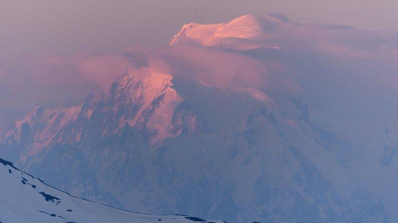 Un alpiniste suisse a trouvé la mort dimanche matin sur le Mont-Blanc.