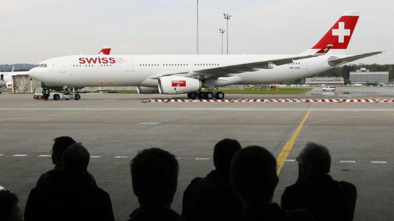 """Transport aérien: Swiss songe à tester des """"zones familles"""" à bord de ses avions au départ de Genève"""