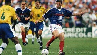 Le mythique maillot de Zidane de la finale 98 aux enchères