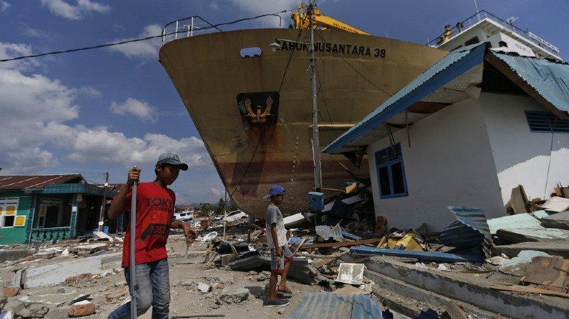 Indonésie: le bilan du séisme et du tsunami dépasse les 1500 morts