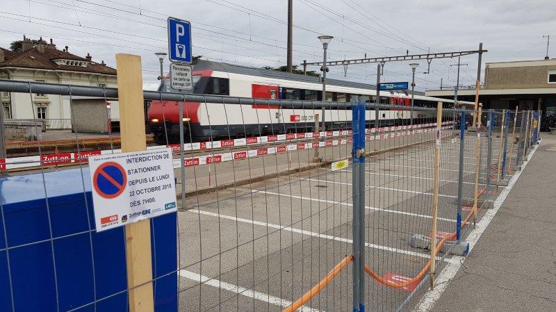 Rolle: les pendulaires et usagers du P+R de la Gare remontés contre les CFF