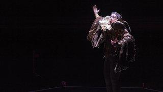 «CaCà», la performance qui s'amuse de l'art contemporain