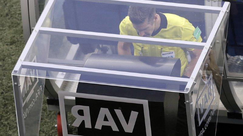 Après l'expérience positive de la Coupe du monde, la Suisse va introduire l'arbitrage vidéo en première division.