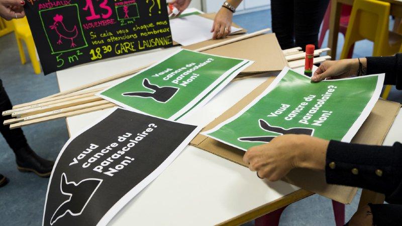Lausanne: entre 8000 et 9000 personnes manifestent contre les nouvelles normes d'encadrement du parascolaire