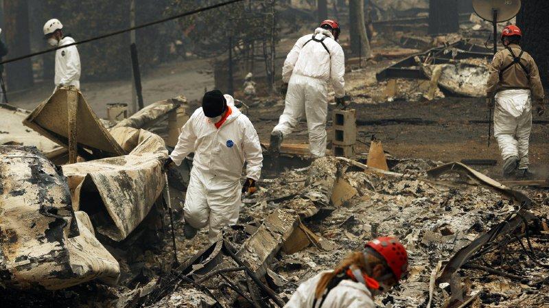 Californie: le bilan des incendies monte à 83 morts