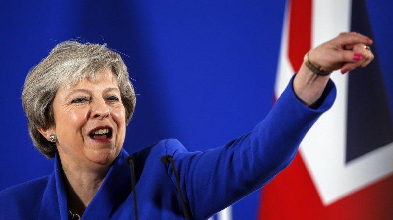 Theresa May a demandé lundi à son Parlement de soutenir l'accord sur le Brexit obtenu avec l'Union européenne.