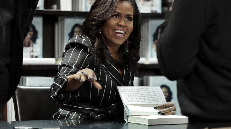 Les mémoires de Michelle Obama se sont déjà vendues à plus de deux millions d'exemplaires aux Etats-Unis et au Canada, en deux semaines seulement, a annoncé vendredi l'éditeur Penguin Random House.
