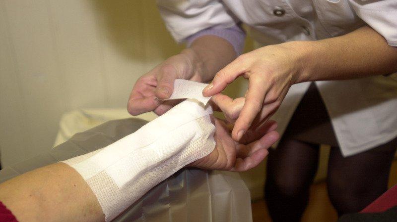 Les employés des Centres médicaux-sociaux (CMS) vaudois sont stressés et insatisfaits de leurs conditions salariales, révèle une étude.