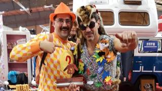 France: il remporte le championnat du monde du «pull moche» avec une peau de renarde sur tricot